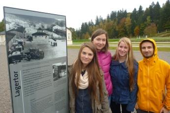 Rundgang auf dem ehemaligen KZ-Gelände in FLossenbürg