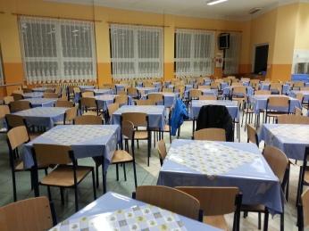 cc Stiftung Zuhören / Speisesaal vorher