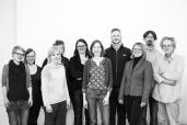 """cc Stiftung Zuhören / so ein großes Betreuer-Team braucht es, um einen anspruchsvollen Workshop wie """"Geist und Gewalt"""" durchzuführen. Und auf dem Bild fehlen noch drei!"""