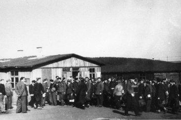 cc Staatsarchiv Bamberg / Ankunft von Kriegsheimkehrern im Lager Moschendorf